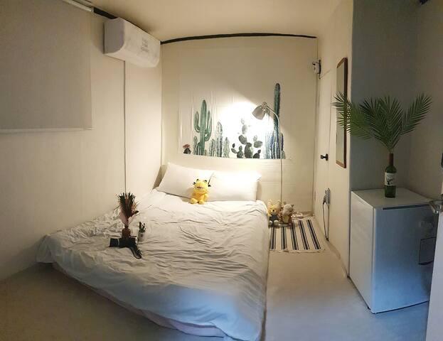 [Hongdae/Sinchon] private room 3_홍대,신촌5분_경의선책거리30초