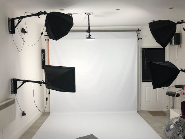 Photography Studio for Hire £25ph