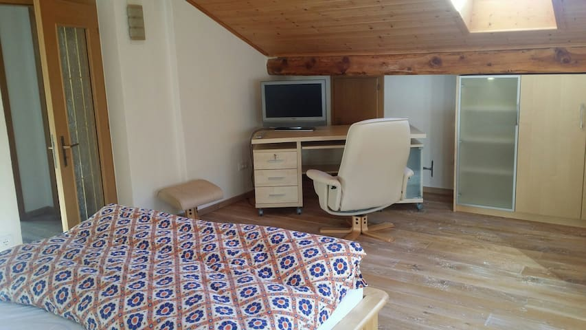 2nd floor - second bedroom with flat screen SAT-TV and working place