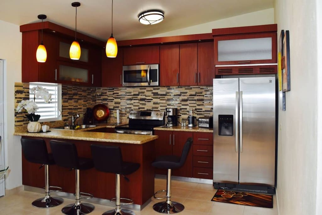 Modern Newly Renovated 2 BR Apartment in San Juan ...
