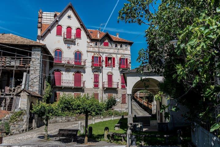 Castello Belvedere Centonara, appartamento grigio - Madonna del Sasso - Apartment