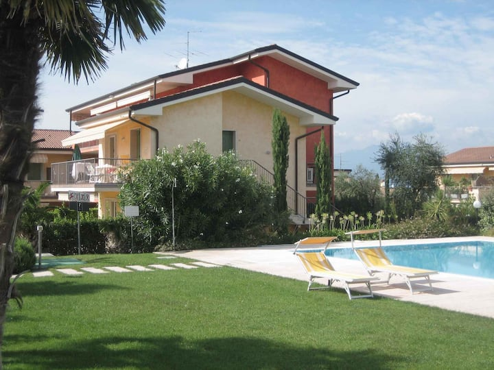 apartment for 4+2 persons in Lazise R102058