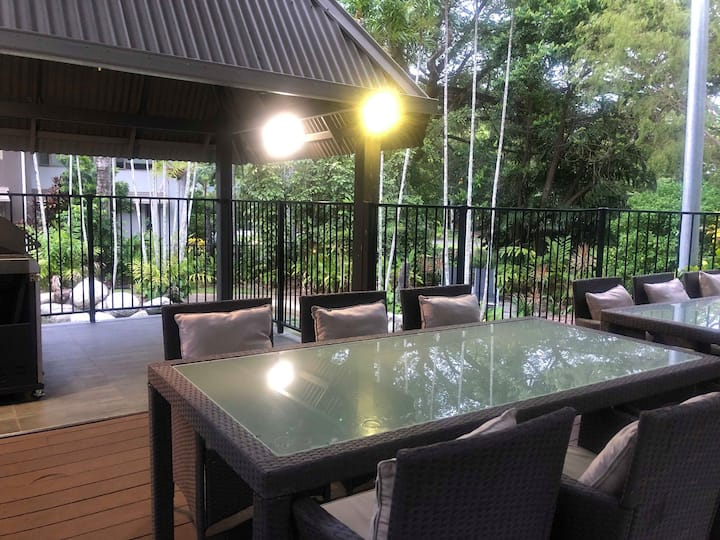3 bedroom 3 bath villa - Port Douglas