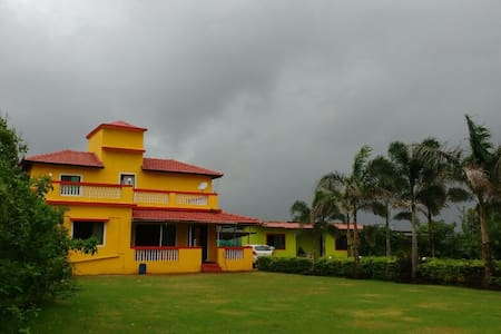 A Cozy 2 Bedroom Bungalow in Khopoli - Khopoli