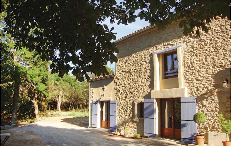 Semi-Detached with 4 bedrooms on 160 m² in Alzonne
