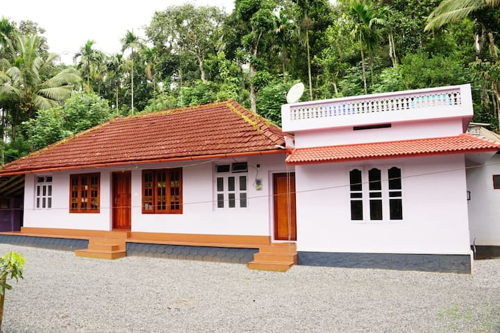 A Home Away From Home Tharavad  Villa Padinjaratha