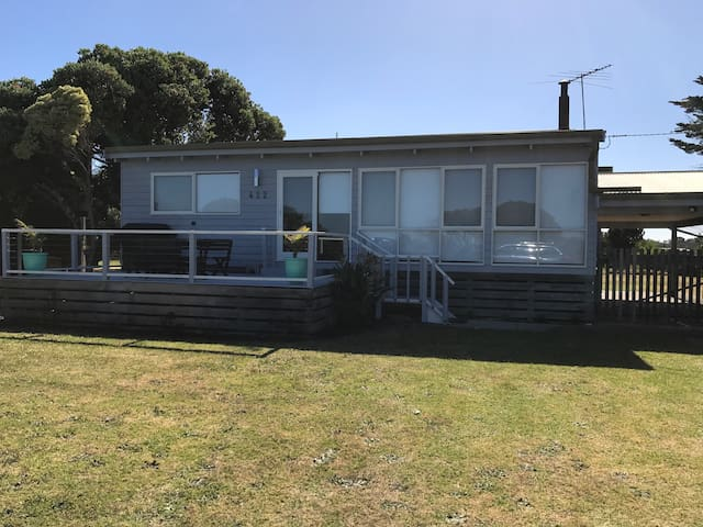 Spacious & comfortable Beach House - Saint Leonards - Huis