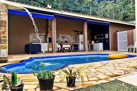 Casa MOAI - 1 Suíte - Praia de Barequeçaba
