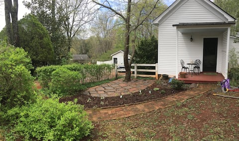 Hardpan Cottage