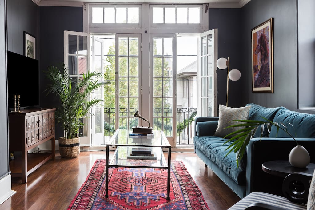 Lovely 2br on magazine street by sonder apartments for 3 bedroom houses for rent in new orleans