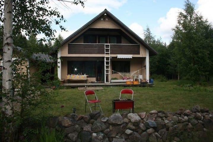 Большой уютный финский дом в краю озер