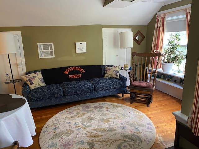 Entrance, sitting room