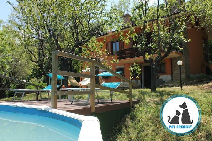 Villa Mombaroccio, le colline del Mar Adriatico