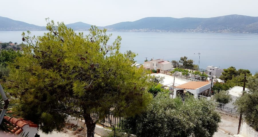 House with panoramic sea view 200 m from beaches