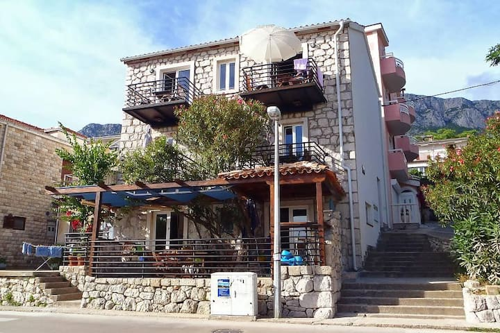 Studio flat with terrace and sea view Gradac, Makarska (AS-6661-a) - Gradac