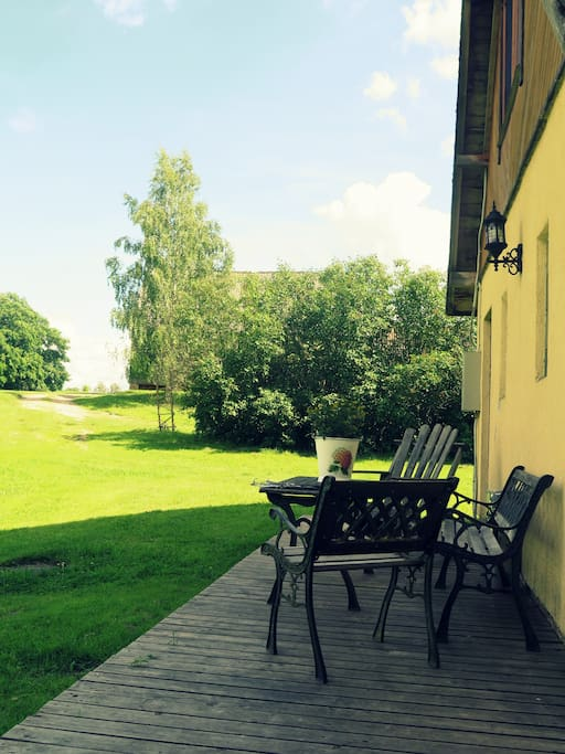 Cosy terrace, sunny in the mornings to enjoy your morning coffee