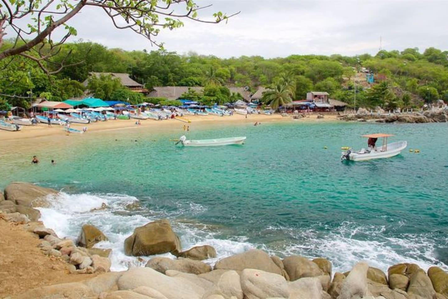 playa a 100 mts. de la estancia ideal para nadar con la familia