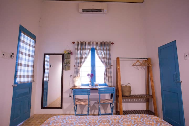 Daviden Homestay- single room with balcony
