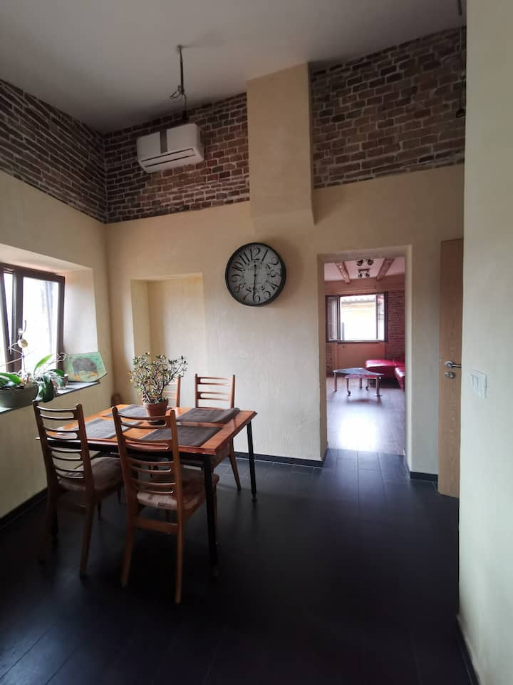 Sunny apartment in the heart of old Koper town