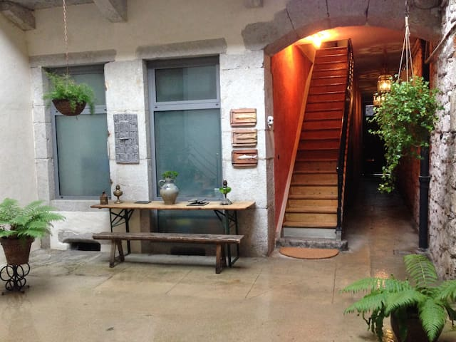 Centric Townhouse Apartment