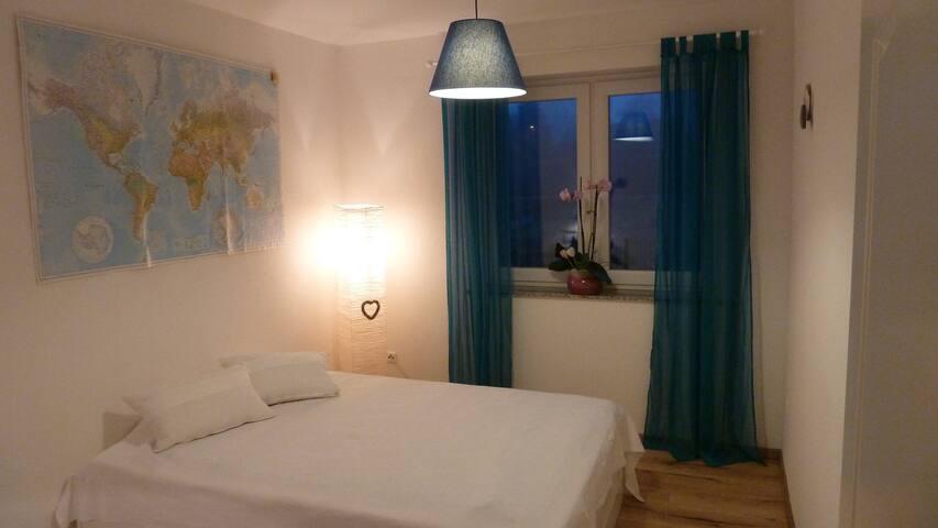 Gästezimmer mit Familienanschluss und Garten - Wathlingen - Ház