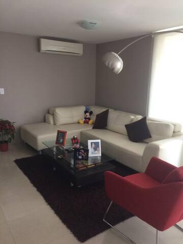 Hermosa habitación en costa del est - Panamá