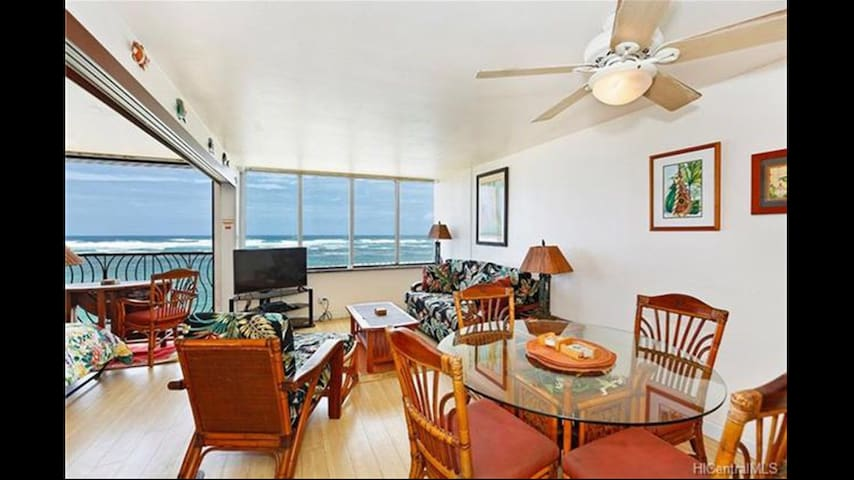 Direct Ocean Front North Shore Condo. Amazing View