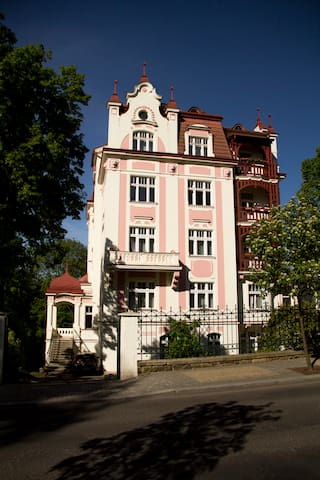 Apartment villa Bayer - Karlovy Vary