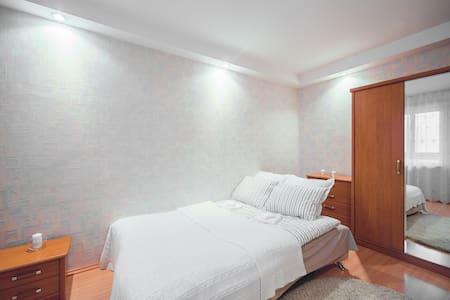 Апартаменты в спальном районе - Minsk