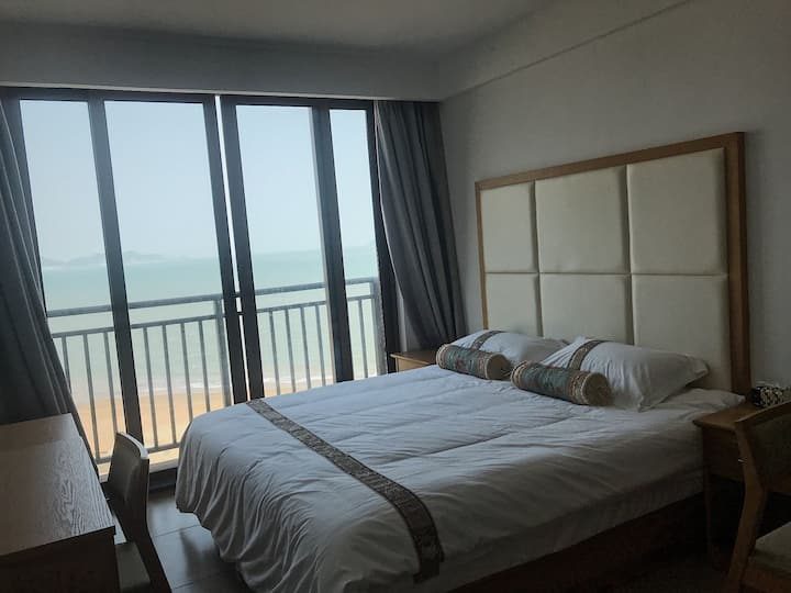嵊泗天悦湾滨海度假公寓大床海景房