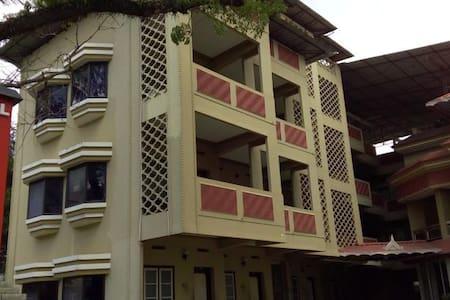 Hotel Ayodhya - Guruvayur
