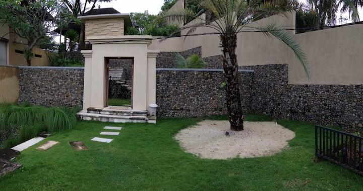 Beautiful Royal Villa with Ocean View