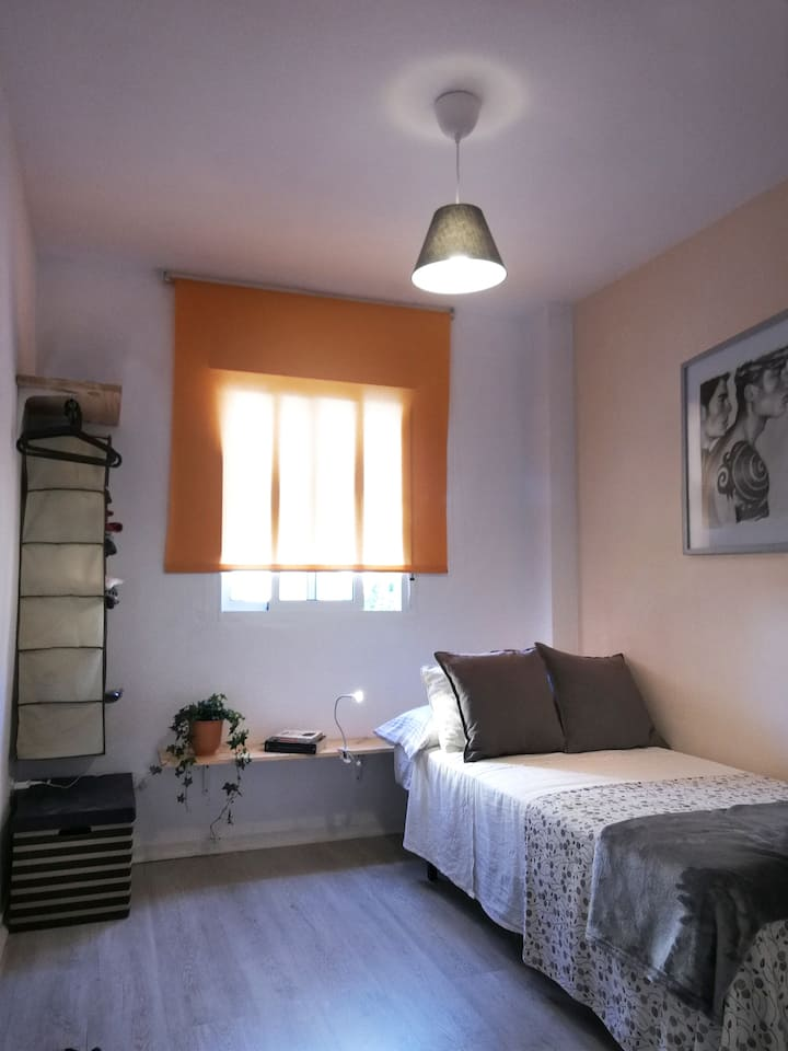 Habitación individual en Torremolinos !!!