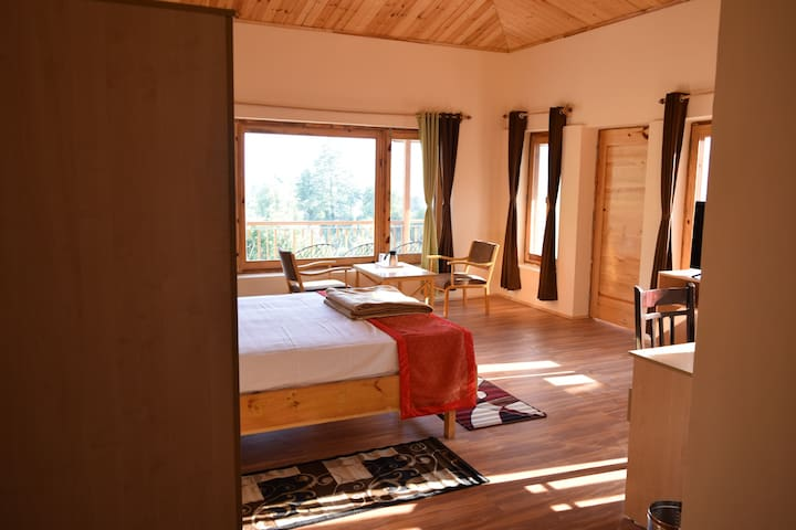 Comfy Room with Scenic View in Village Near Manali