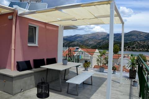 Argostoli Terrace Loft with Sea Views