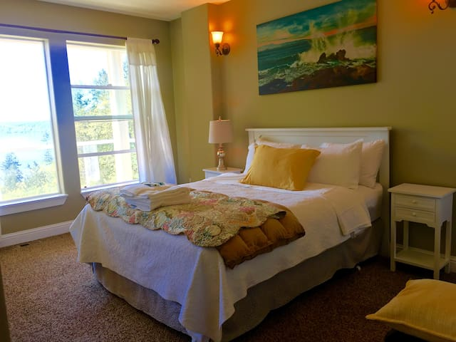 SeaView/ guest bedroom suite - Mukilteo - Дом