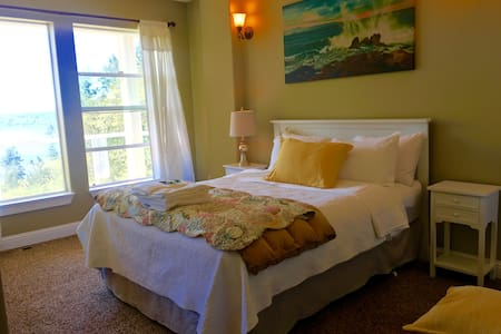 SeaView/ guest bedroom suite - Mukilteo - 独立屋