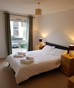 Entire Apartment Available £50 per night