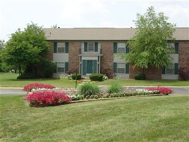 Race fans.2BR 1BTH half mi from Trk - Indianapolis - Appartement