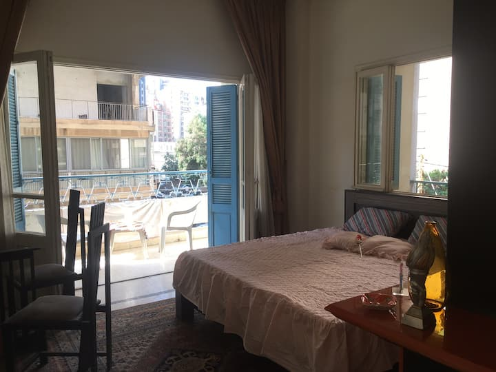 Spacious and Cozy Room in Badaro, Beirut.