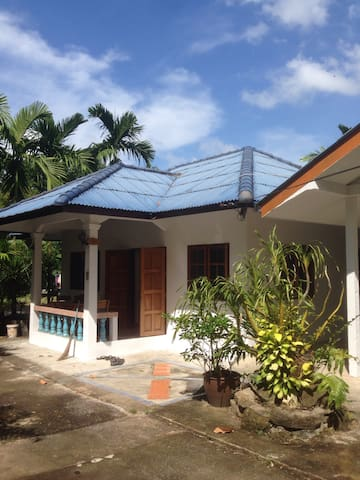 4 room house + 1 bed guesthouse - Ko Samui - House
