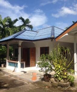 4 room house + 1 bed guesthouse - Ko Samui