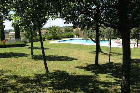 Exclusive & charming villa with pool 5 guests max - Cecina