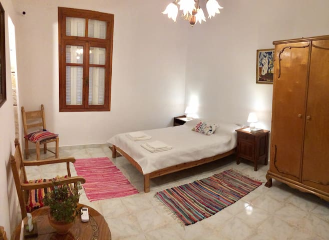 Traditional Cretan, spacious with good view (75sm)