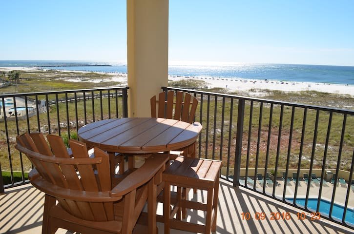 Great View of Beach and Pool!!! - Orange Beach - Apto. en complejo residencial