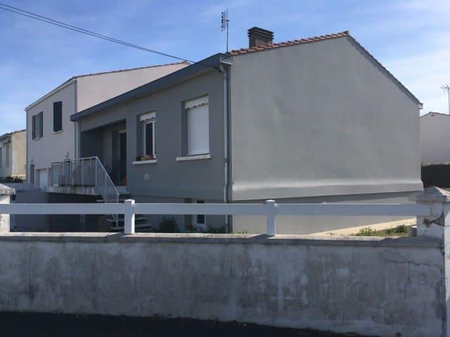 Beau 4 pièces au calme proche Plage et La Rochelle - Aytré - Apartamento