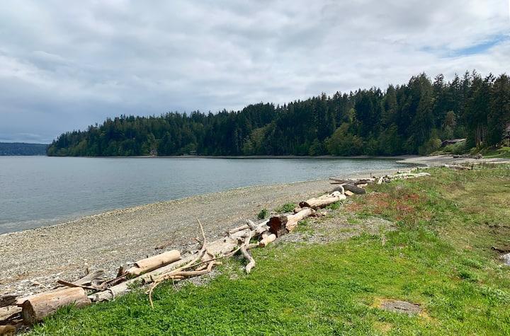 Private Beachfront Getaway w/ Lagoon Home 2