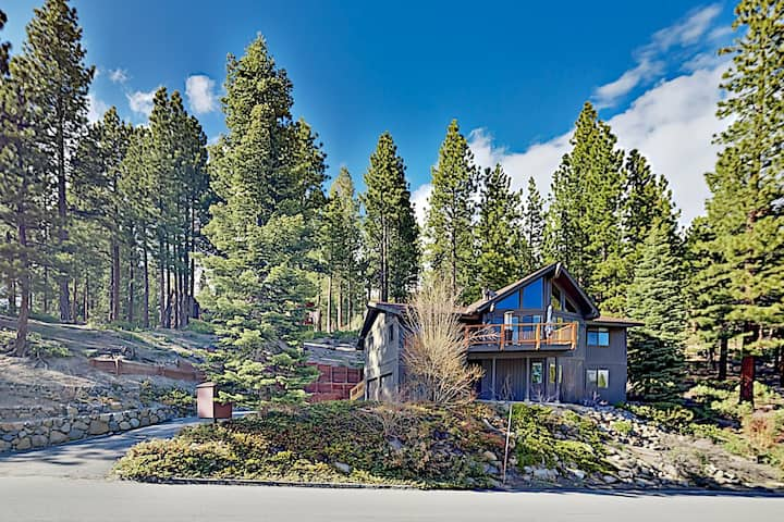 All-Suite Incline Village Home w/ Lake-View Deck