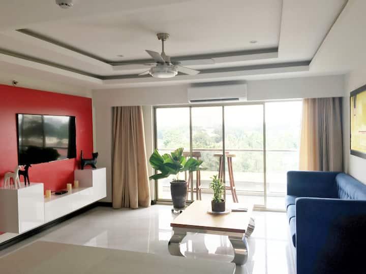 Zeppelin Suites 1Bedroom Condominium 506