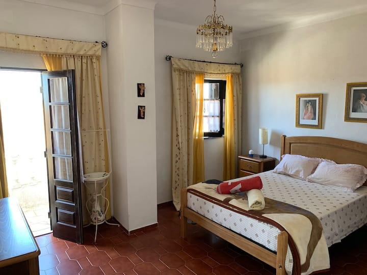 Hostel Longueira 1